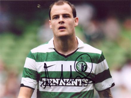 Anthony Stokes, Glasgow Celtic, signed 8x6 inch photo.